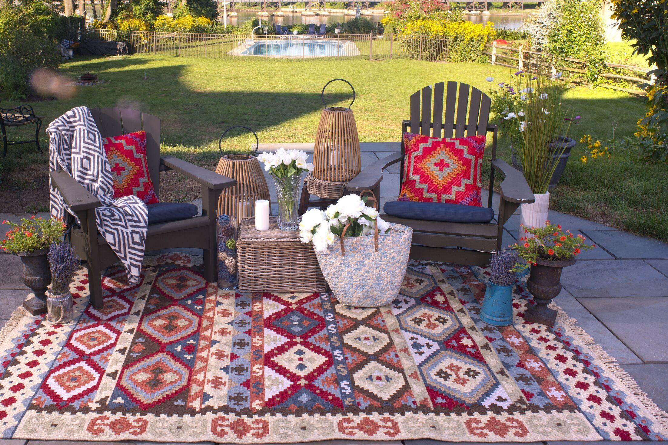 Heritage Hand Woven Beige/Red Indoor/Outdoor Area Rug Rug Size: 8' x 10'