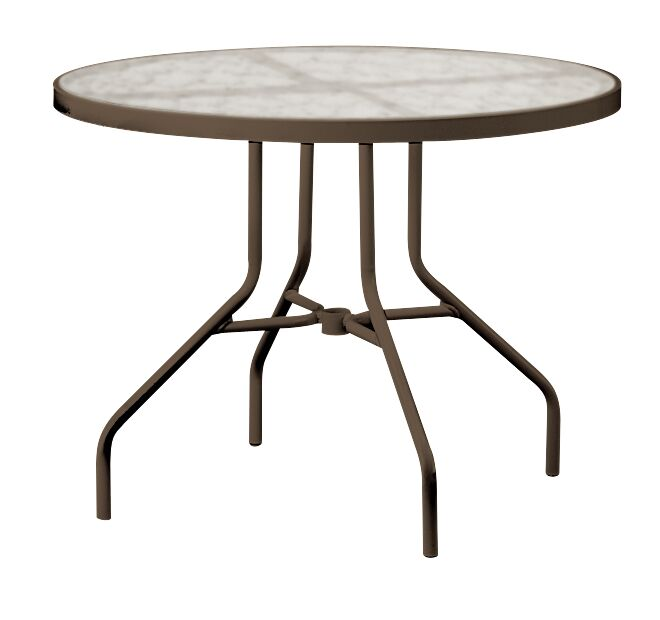 Dining Table Color: Parchment, Umbrella Hole: No