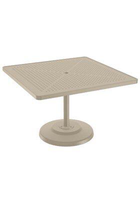 Boulevard Aluminum Dining Table Size: 28