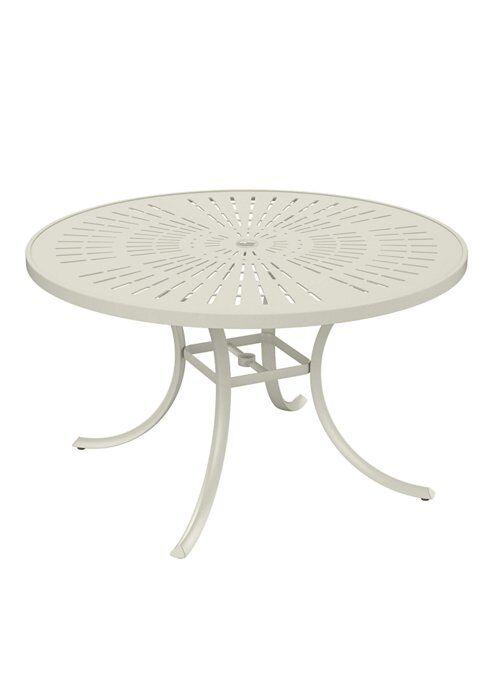 La'Stratta Aluminum Dining Table Frame Color: Parchment