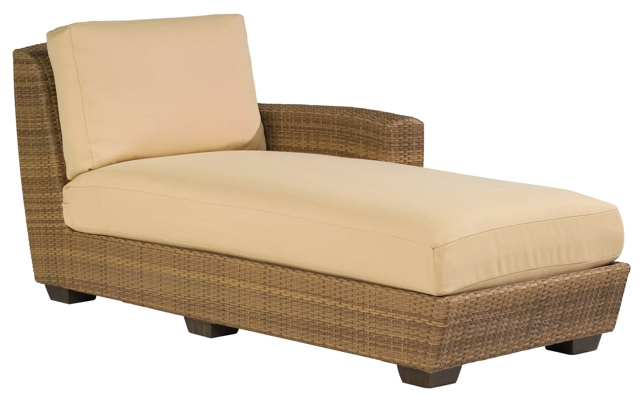 Saddleback Right Arm Sectional Piece with Cushions Cushion Color: Spectrum Dove