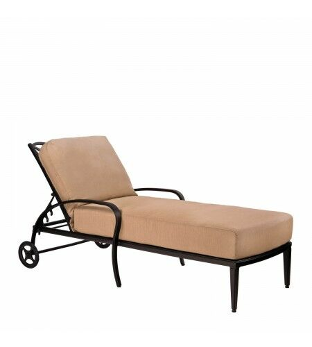 Apollo Chaise Lounge with Cushion Color: Axel Smoke