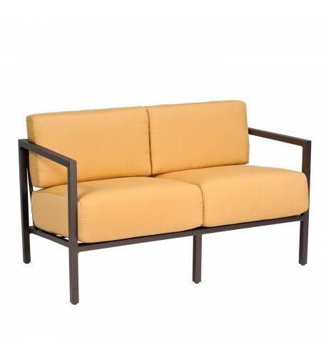 Salona Loveseat with Cushions Fabric: Paris Blush