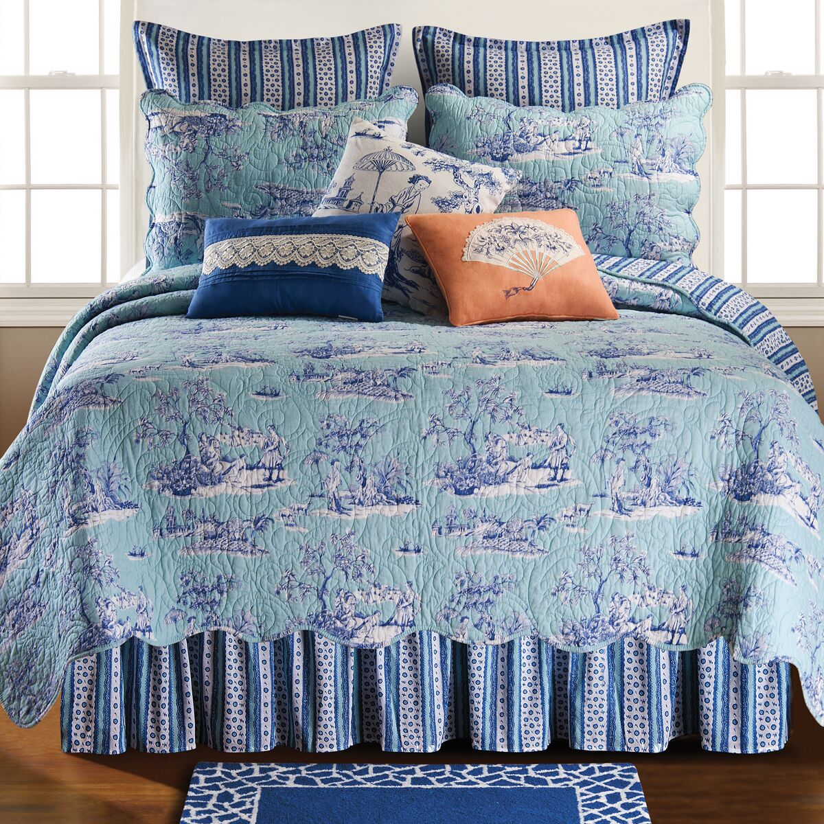 Hampstead Toile Bed Skirt Size: King