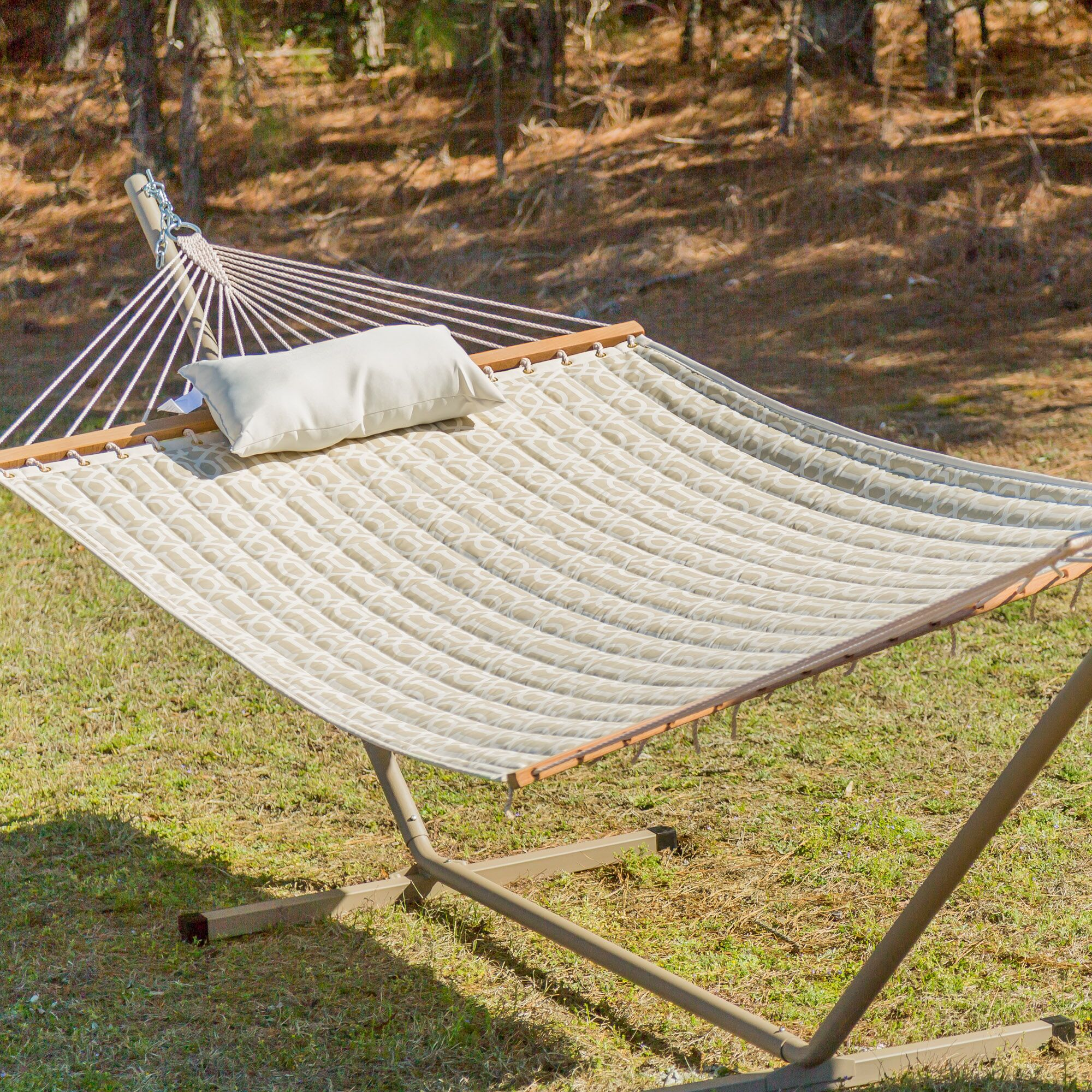 Ector Quilted Hammock with Stand