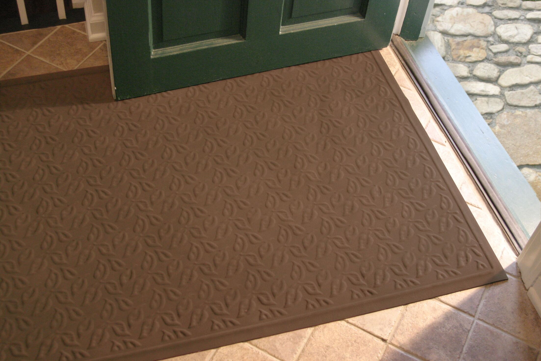 Soft Impressions Dogwood Leaf Doormat Mat Size: Rectangle 3' x 5', Color: Montego Chocolate