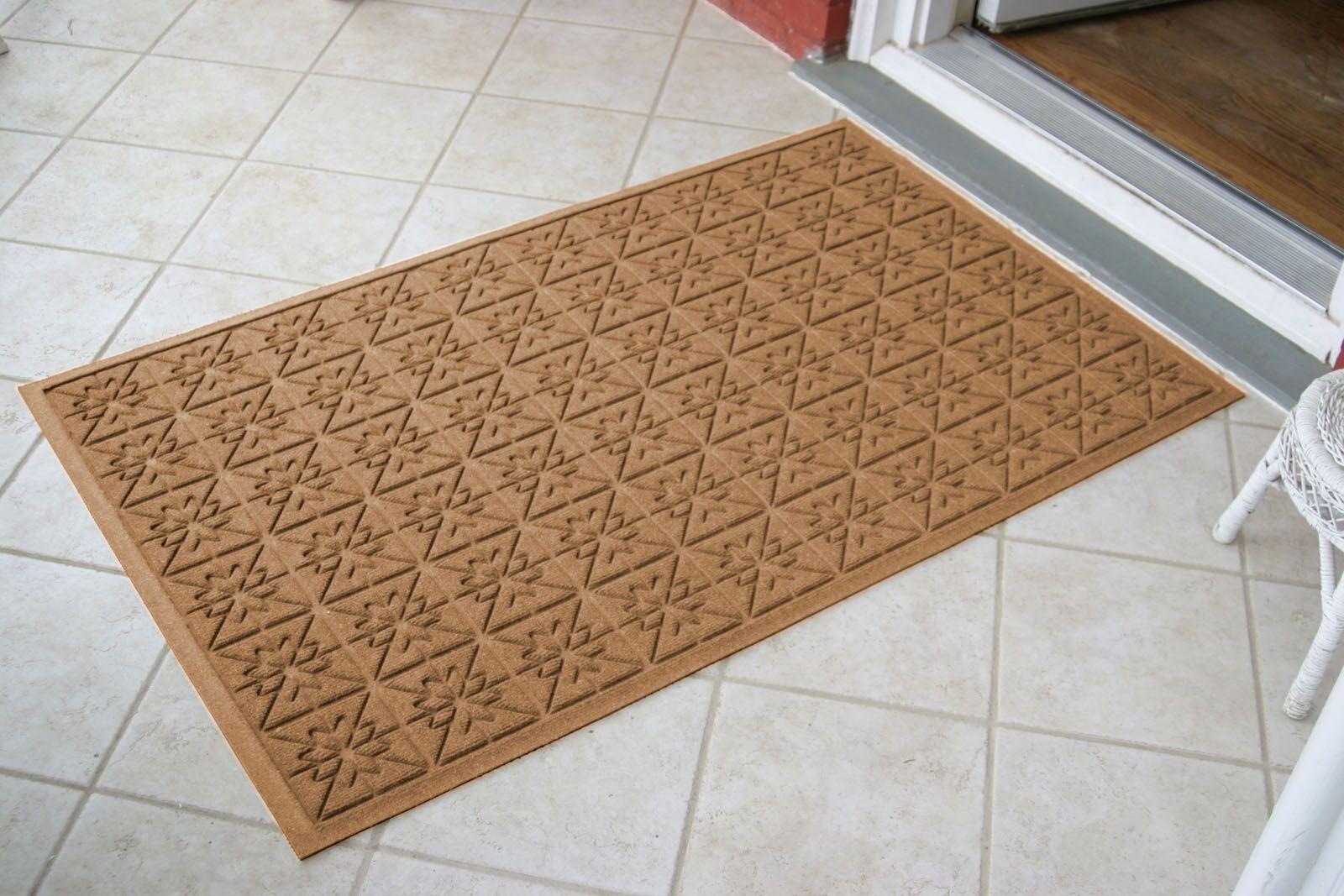 Aqua Shield Star Quilt Doormat Mat Size: Rectangle 3' x 5'