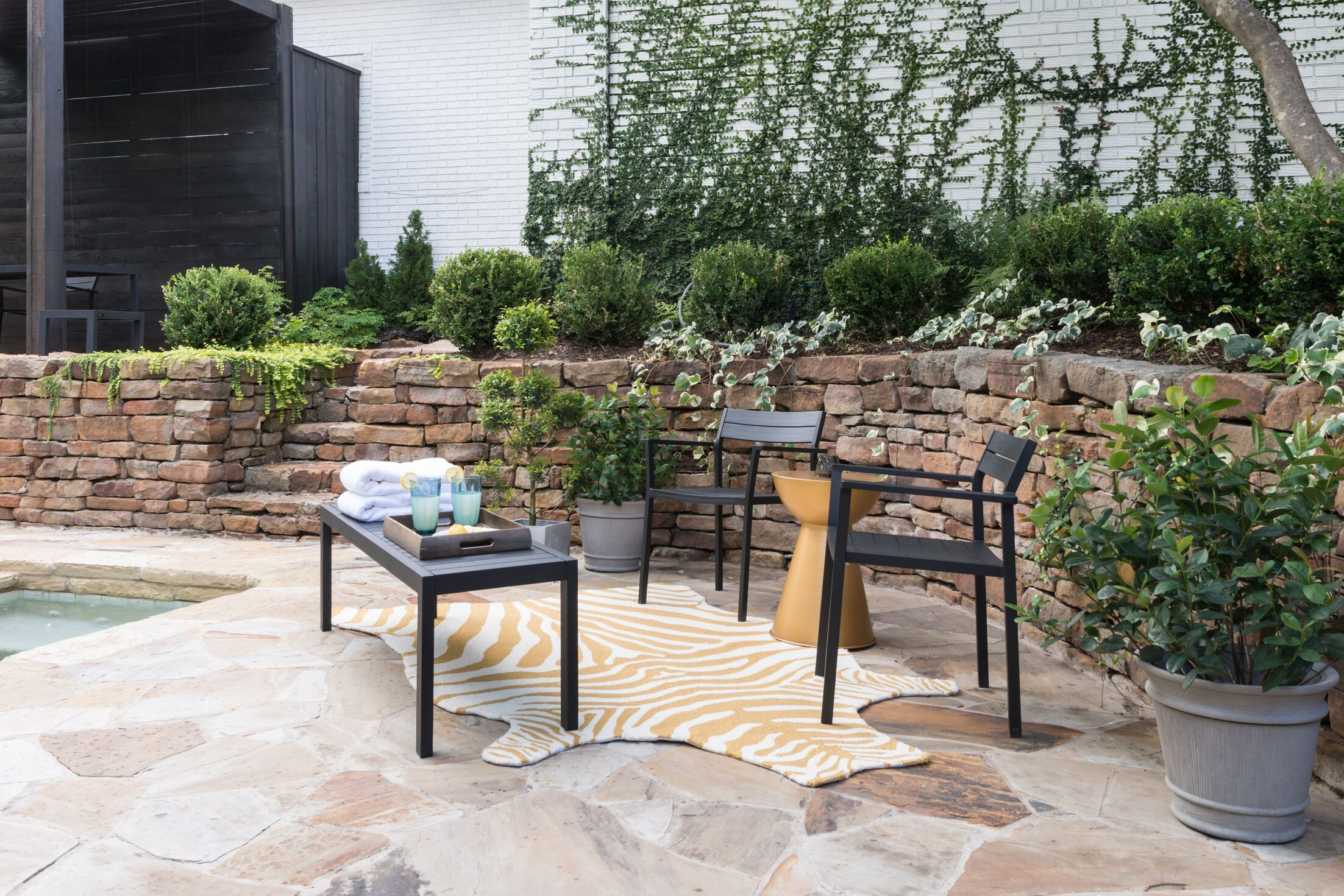 Zayas Gold Indoor/Outdoor Area Rug Rug Size: Rectangle 5' x 7'6