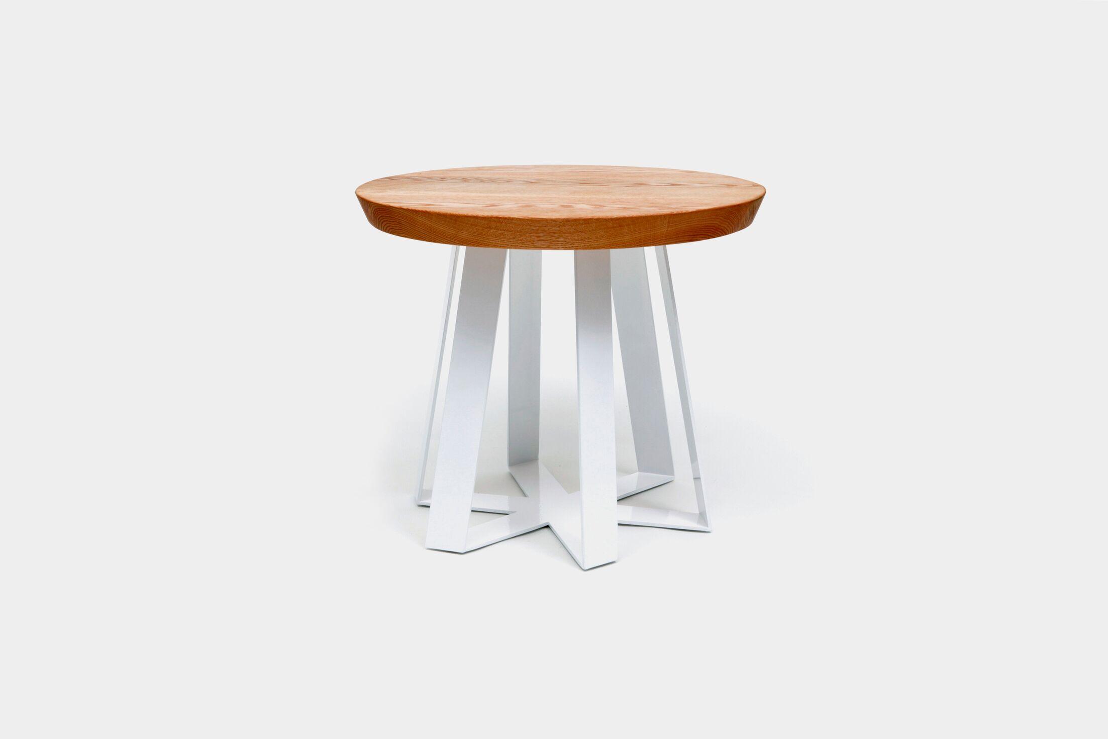 ARS End Table Top Color: Oak, Base Color: White