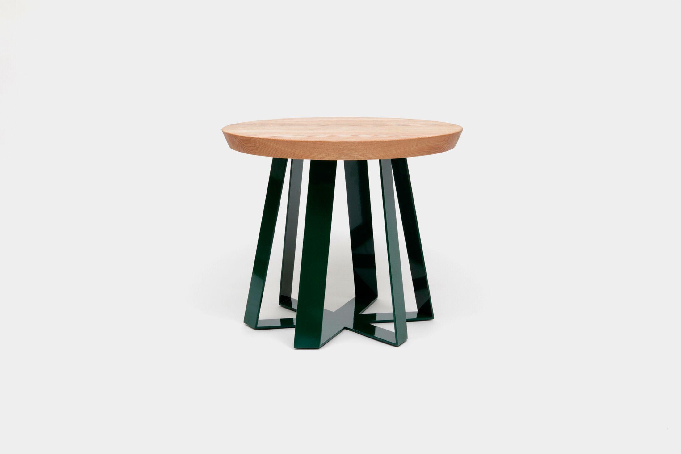 ARS End Table Top Color: Oak, Base Color: Green