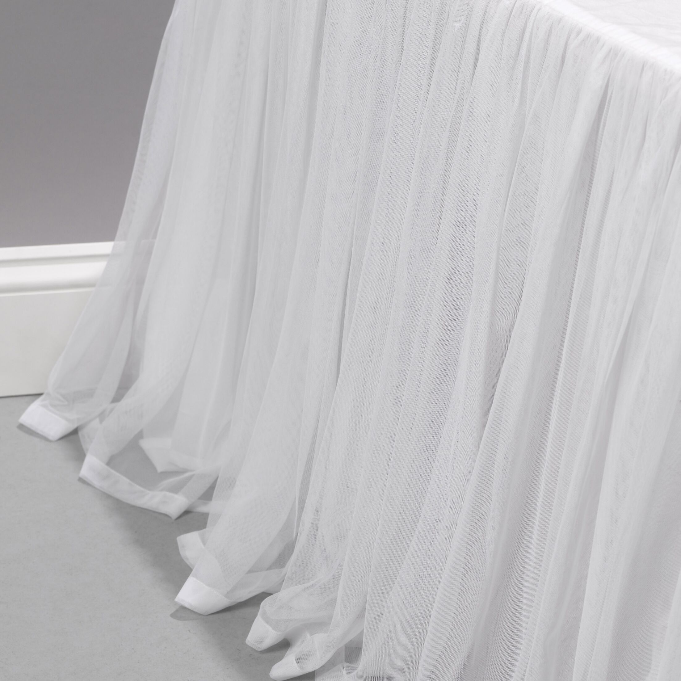 Weinman Bed Skirt Color: White, Size: Twin