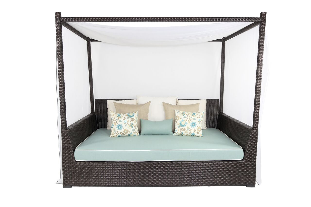 Signature Viceroy Day Bed with Cushion Fabric: Sunbrella Spectrum Graphite