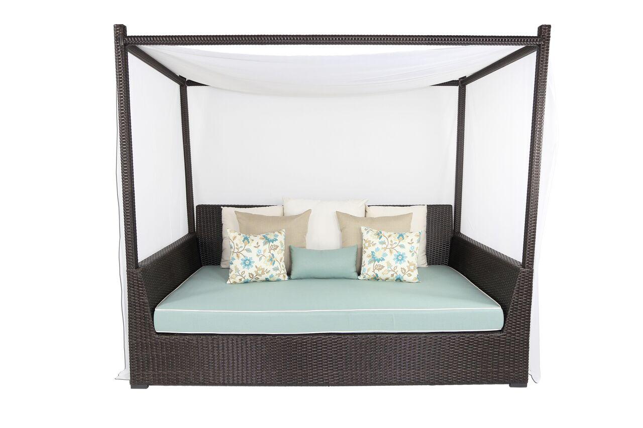 Signature Viceroy Day Bed with Cushion Fabric: Sunbrella Spectrum Grenadine