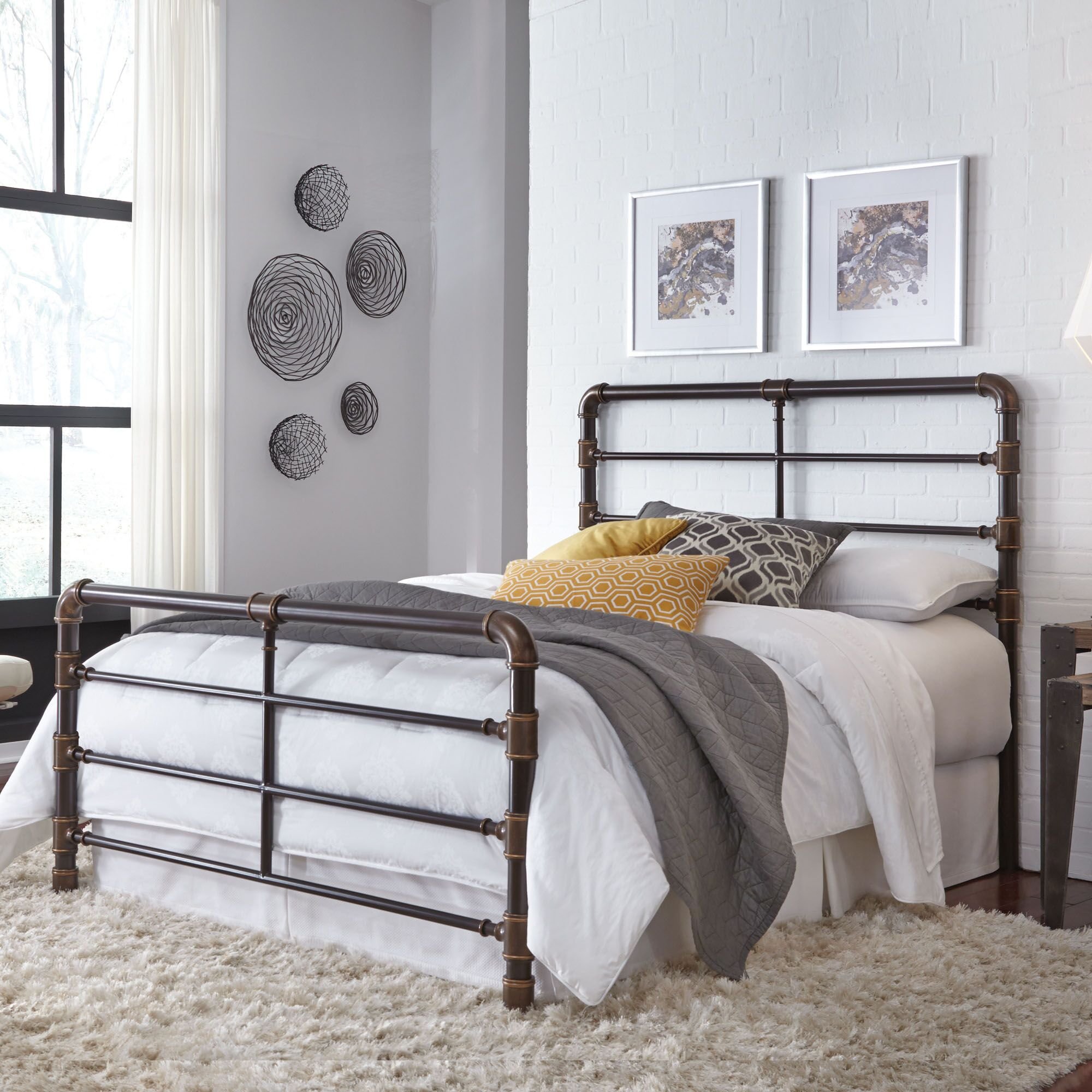 Willa Open-Frame Headboard and Footboard Size: Queen