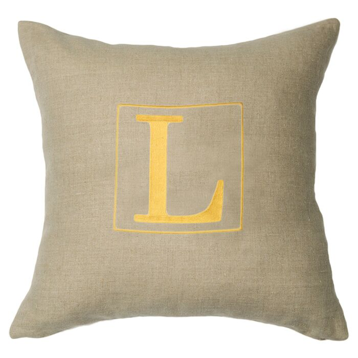 Personalized Annalise Linen Throw Pillow Letter: V