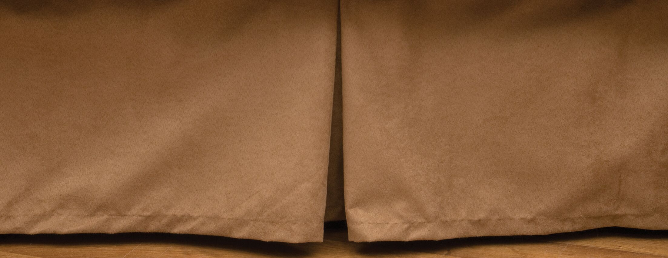 Appalachian Bed Skirt Size: California King