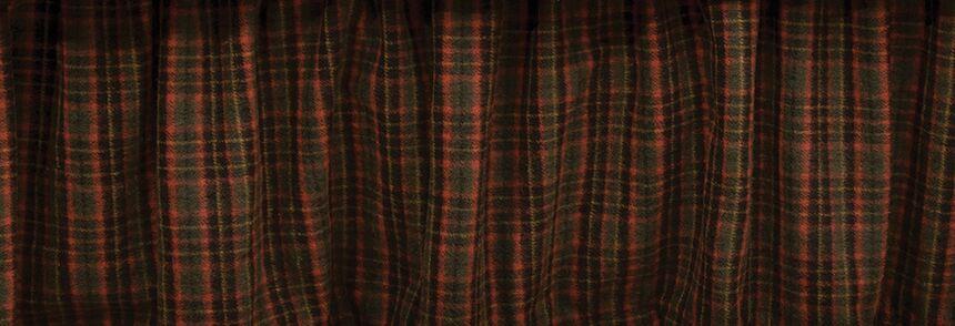 Moose Bed Skirt Size: California King