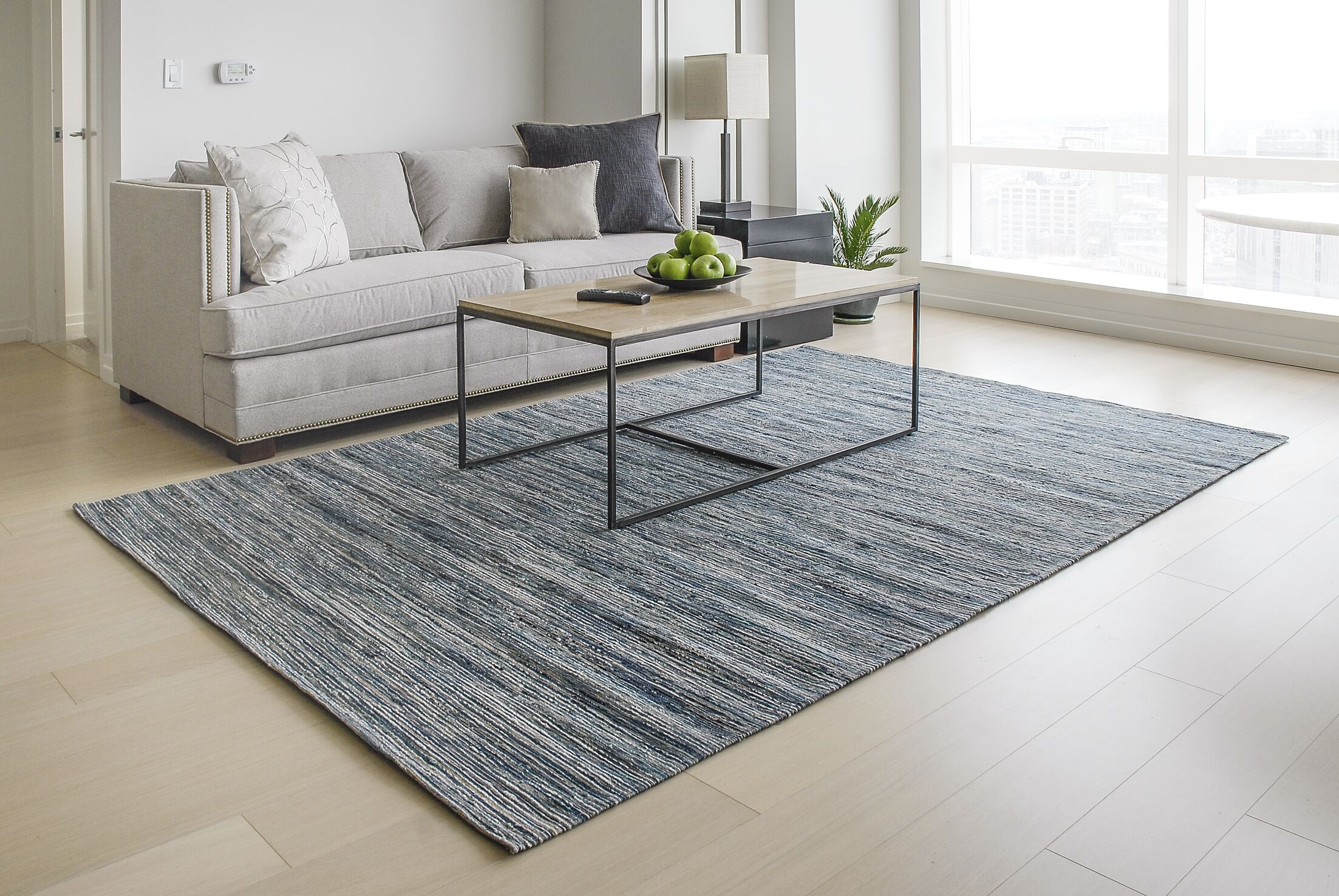 Sari Silk and Jute Hand Woven Gray/Light Blue Area Rug Rug Size: Rectangle 6' x 9'