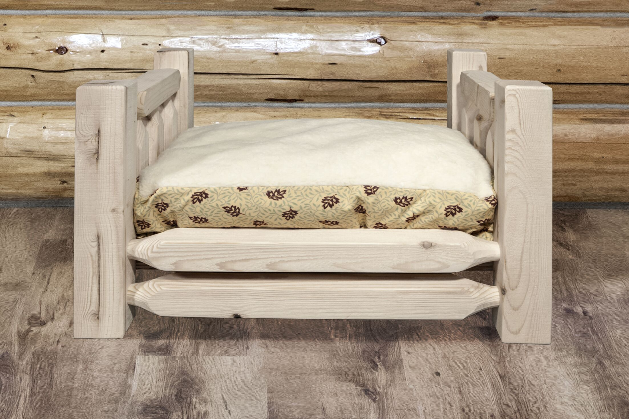 Katlyn Rustic Pet Bed with Mattress Size: 44 x 34 x 23, Finish: Stained and Lacquered