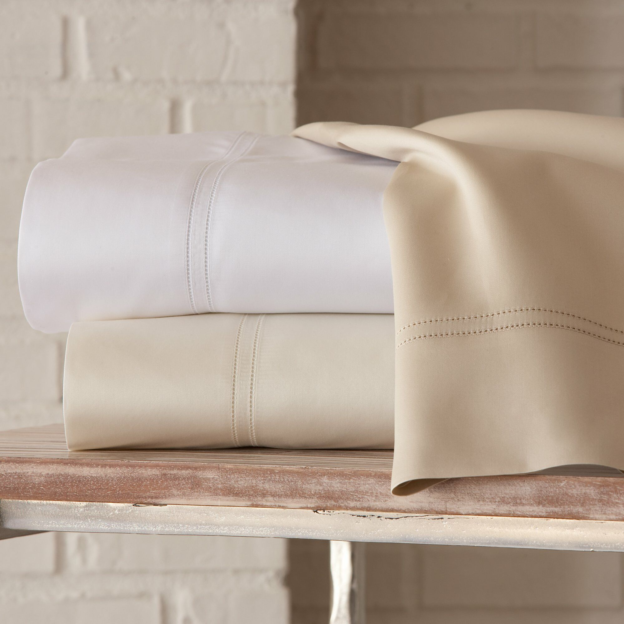 Virtuoso 600 Thread Count Egyptian-Quality Cotton Flat Sheet Size: King, Color: Linen