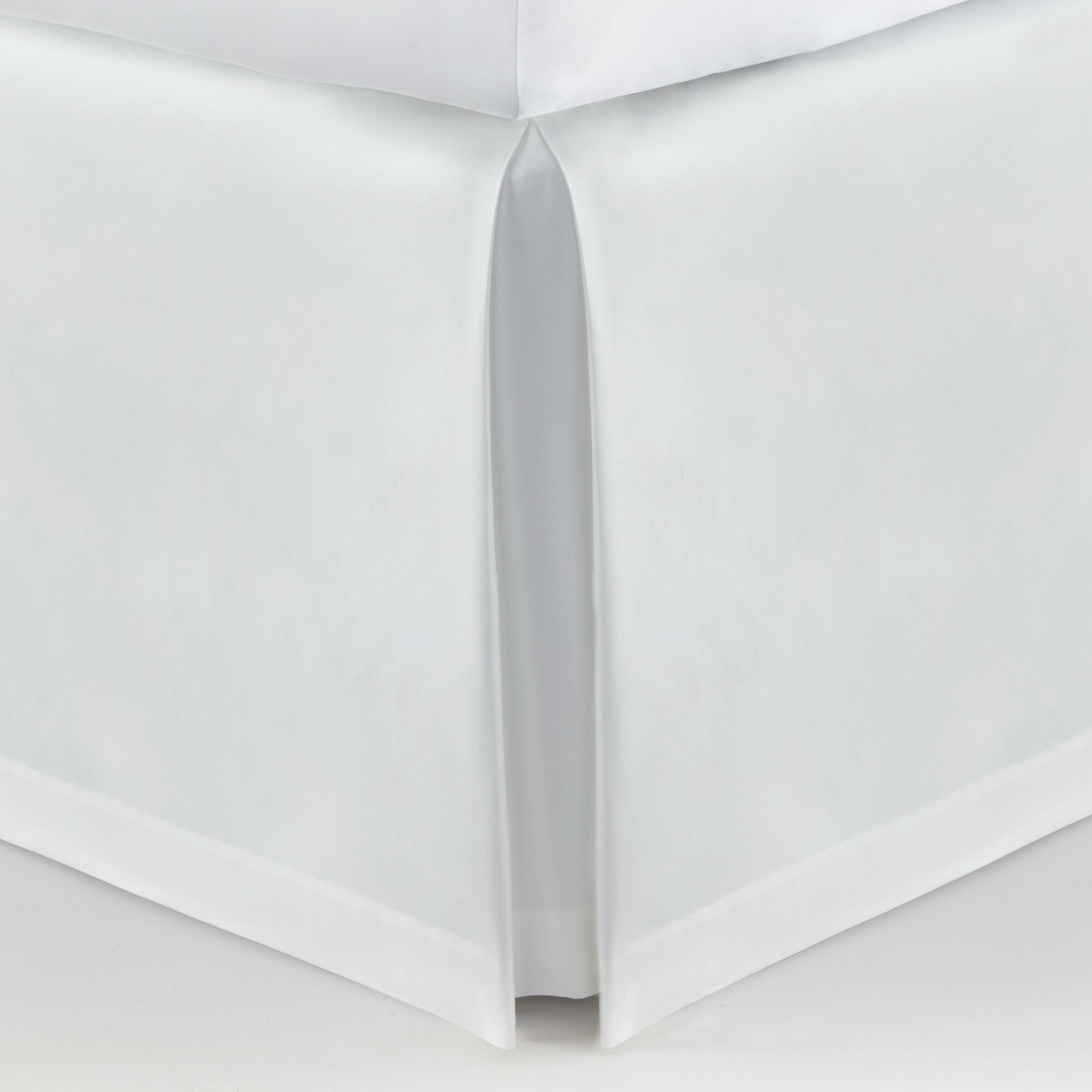 Soprano Tailored 420 Thread Count Bed Skirt Size: Twin, Color: White