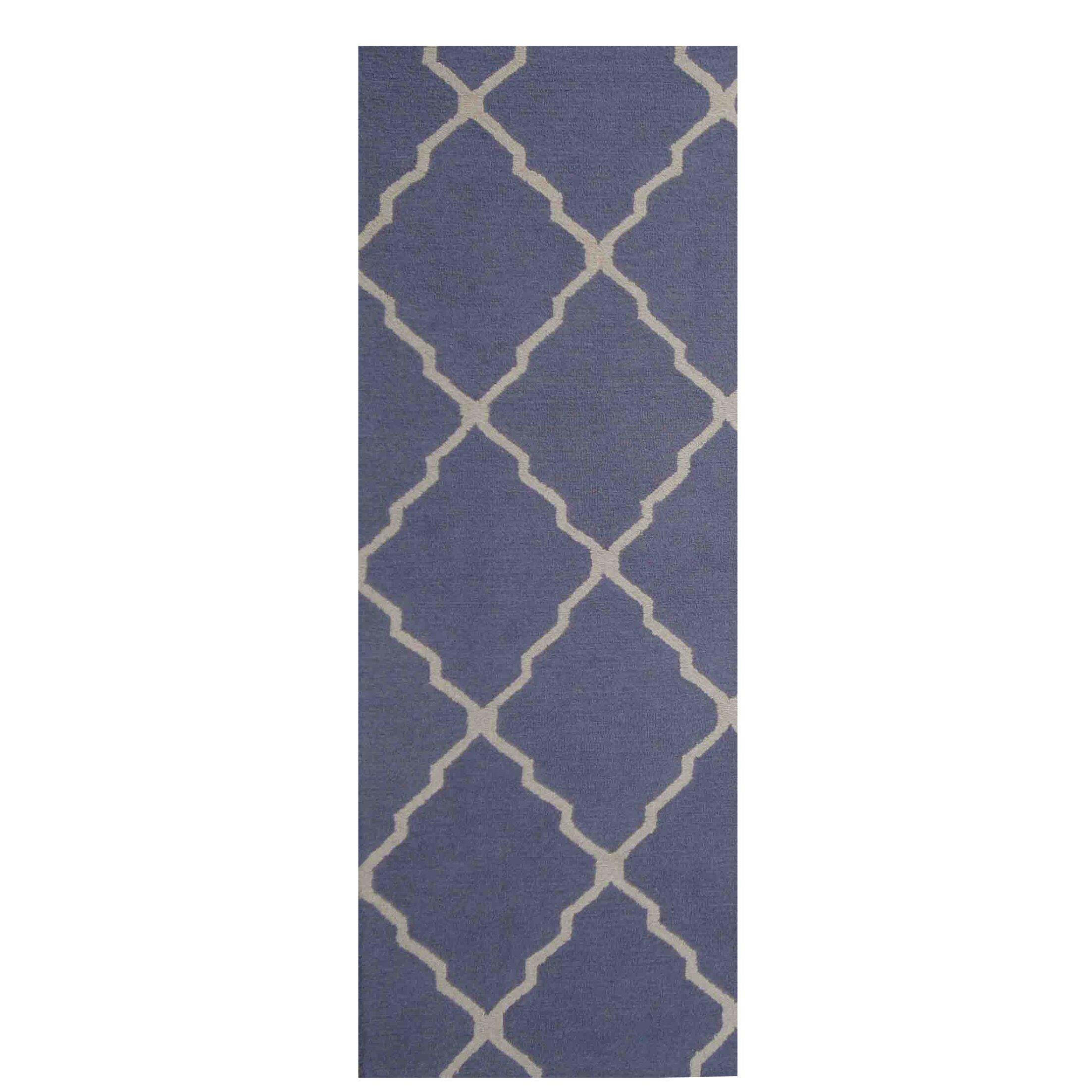 Hand-Tufted Blue/Ivory Indoor Area Rug Rug Size: Runner 2'6