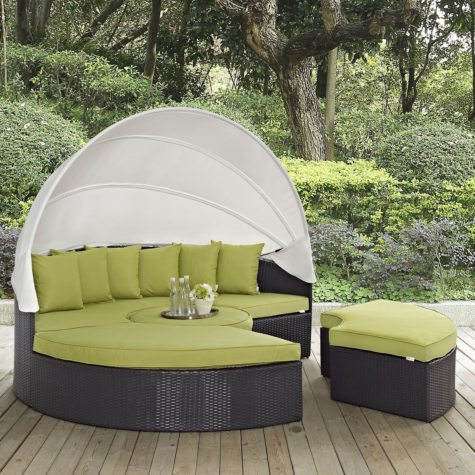 Ryele Daybed with Cushions Fabric: Peridot