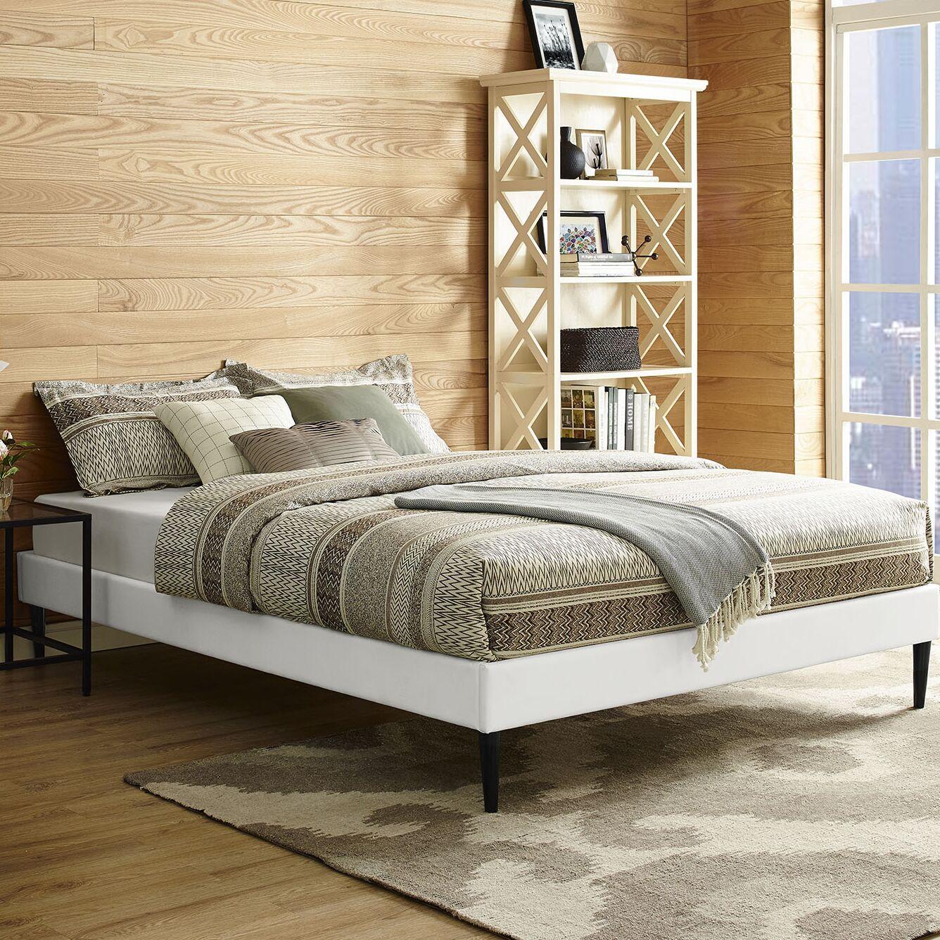 Platform Bed Size: Queen, Color: White