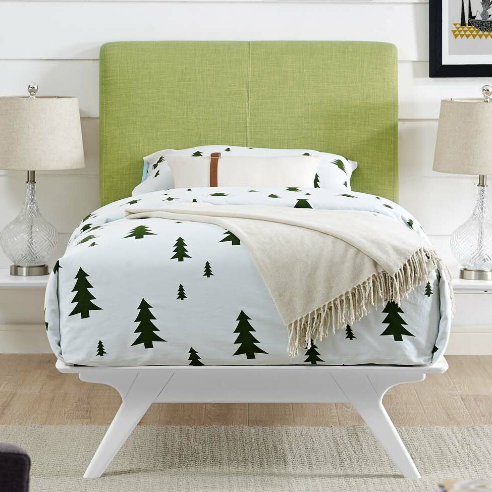 Hannigan Panel Bed Color: Green, Size: Twin