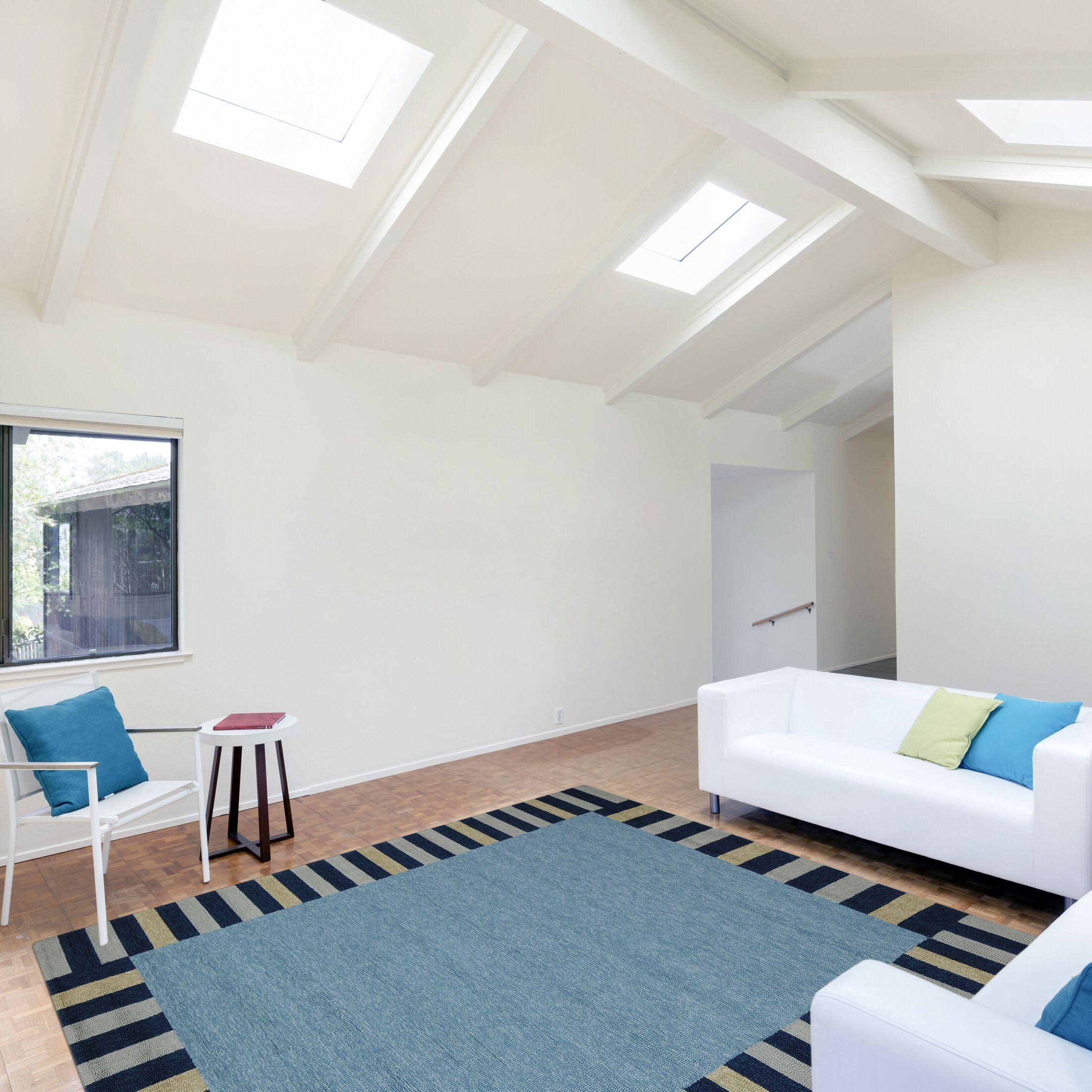 Oakham Slate Blue Indoor/Outdoor Area Rug Rug Size: 8' x 11'