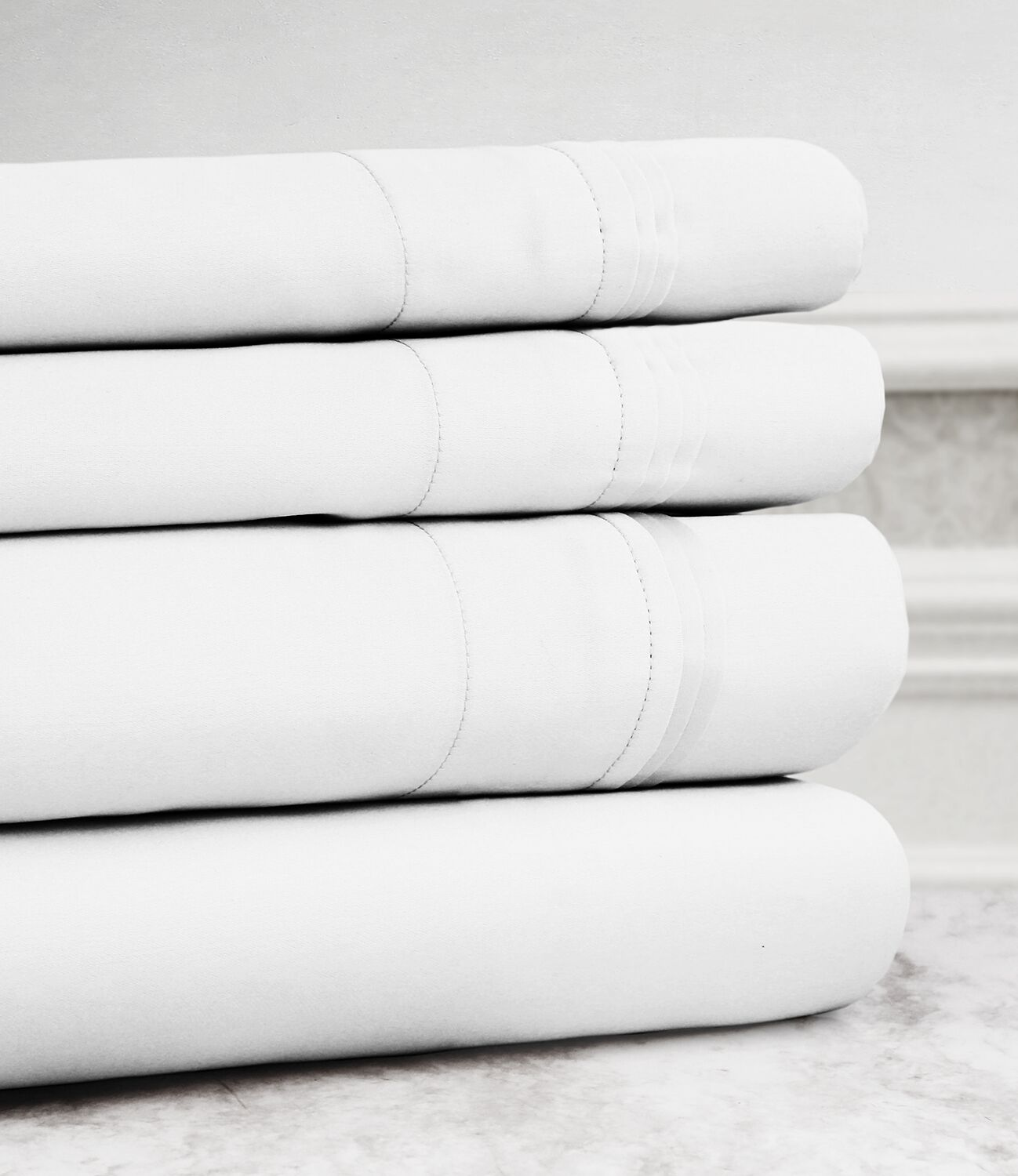 Valentino 4 Piece 1200 Thread Count Egyptian Quality Cotton Sheet Set Size: Full, Color: White