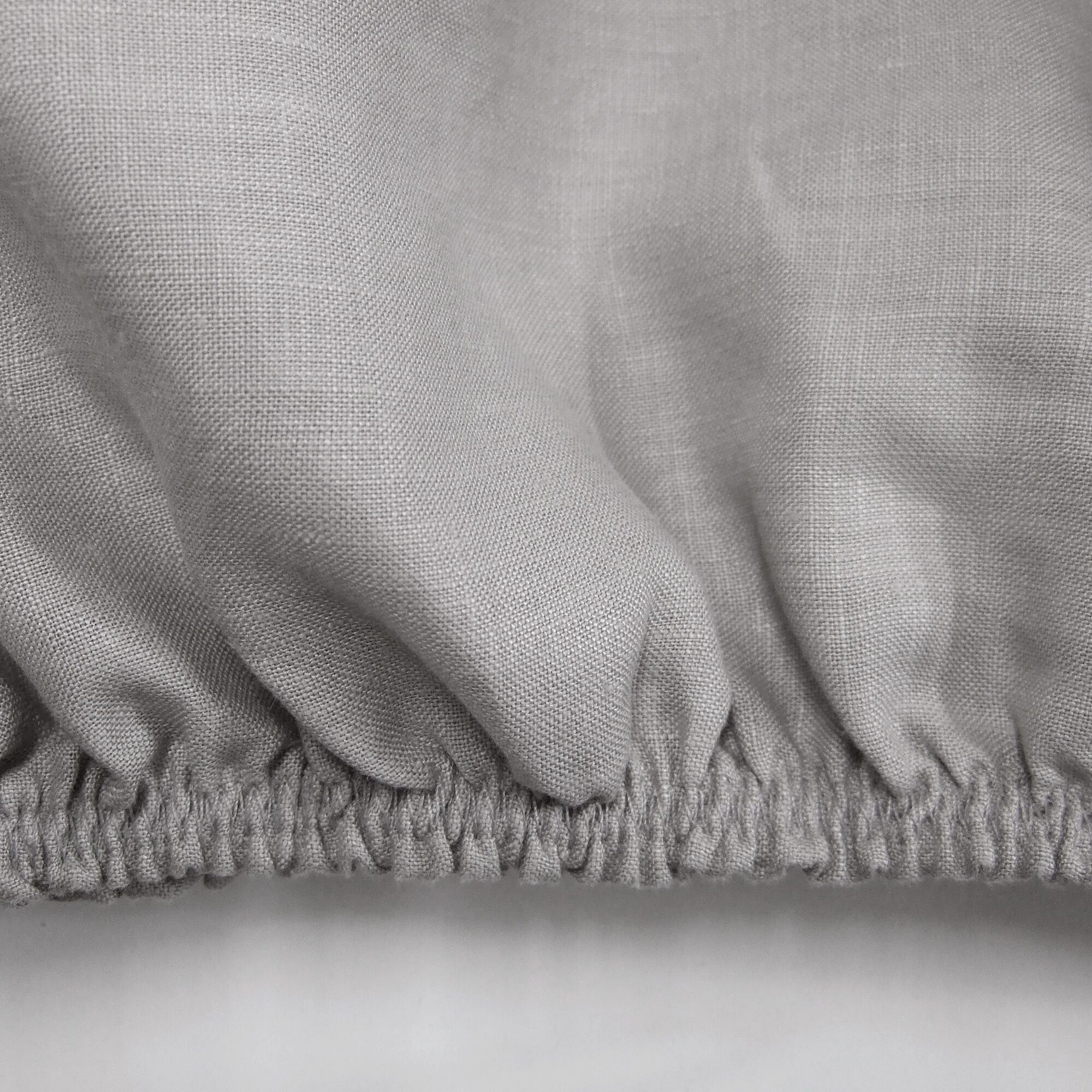 Linen Fitted Sheet Size: Twin, Color: Warm Gray