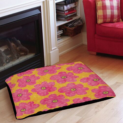 Emily's Ditsy Garden Indoor/Outdoor Pet Bed Size: 40