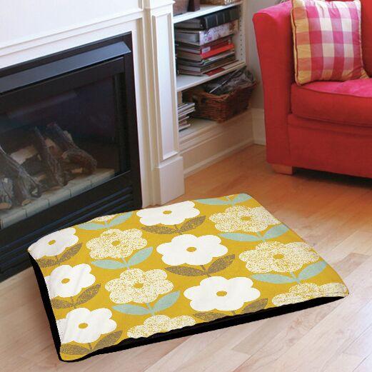 Jar of Sunshine Vintage Blossoms Indoor/Outdoor Pet Bed Size: 40