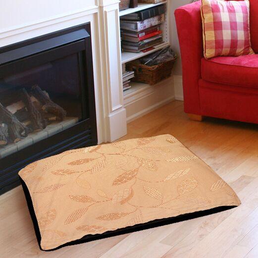 Leaves Narrow Indoor/Outdoor Pet Bed Size: 28