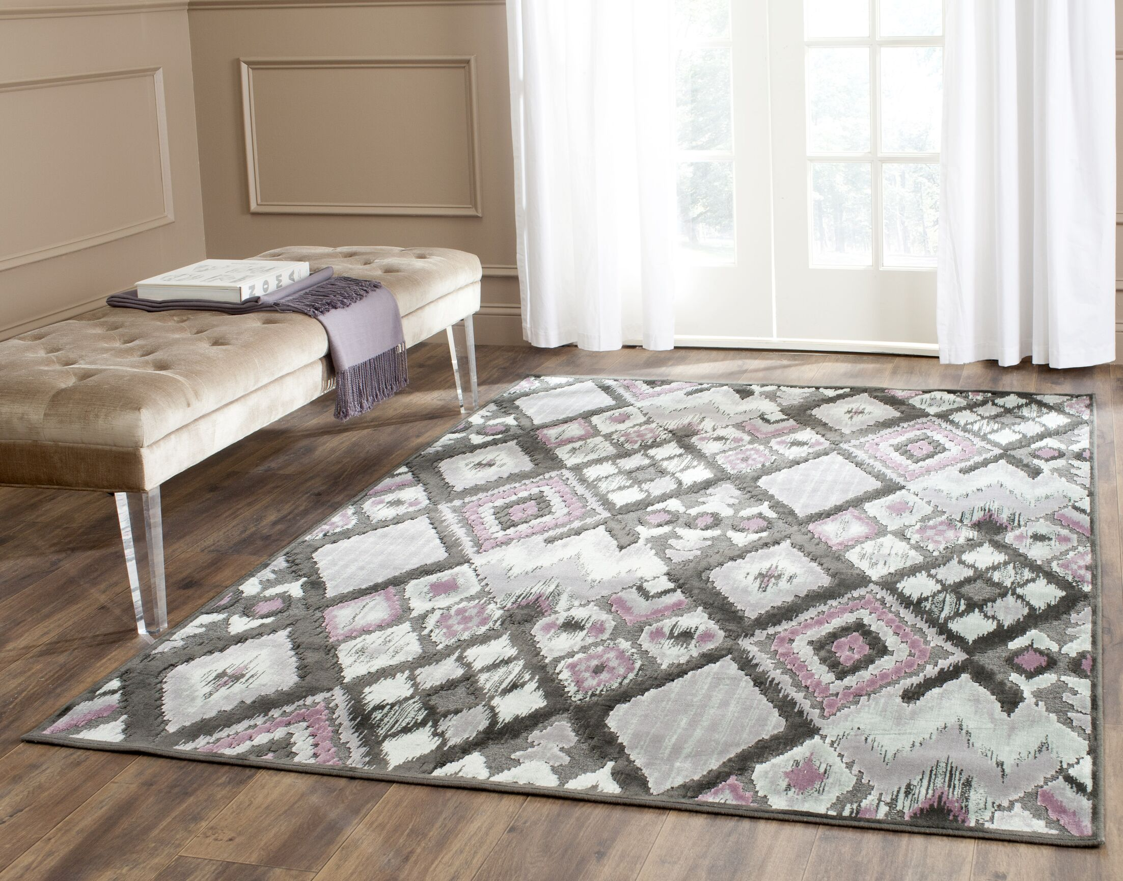 Saint-Michel Charcoal/Pink Area Rug Rug Size: Rectangle 5'3