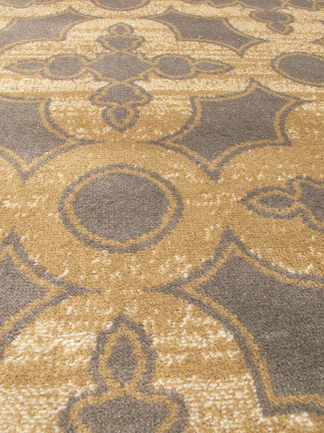 Santos Gray/Brown Area Rug