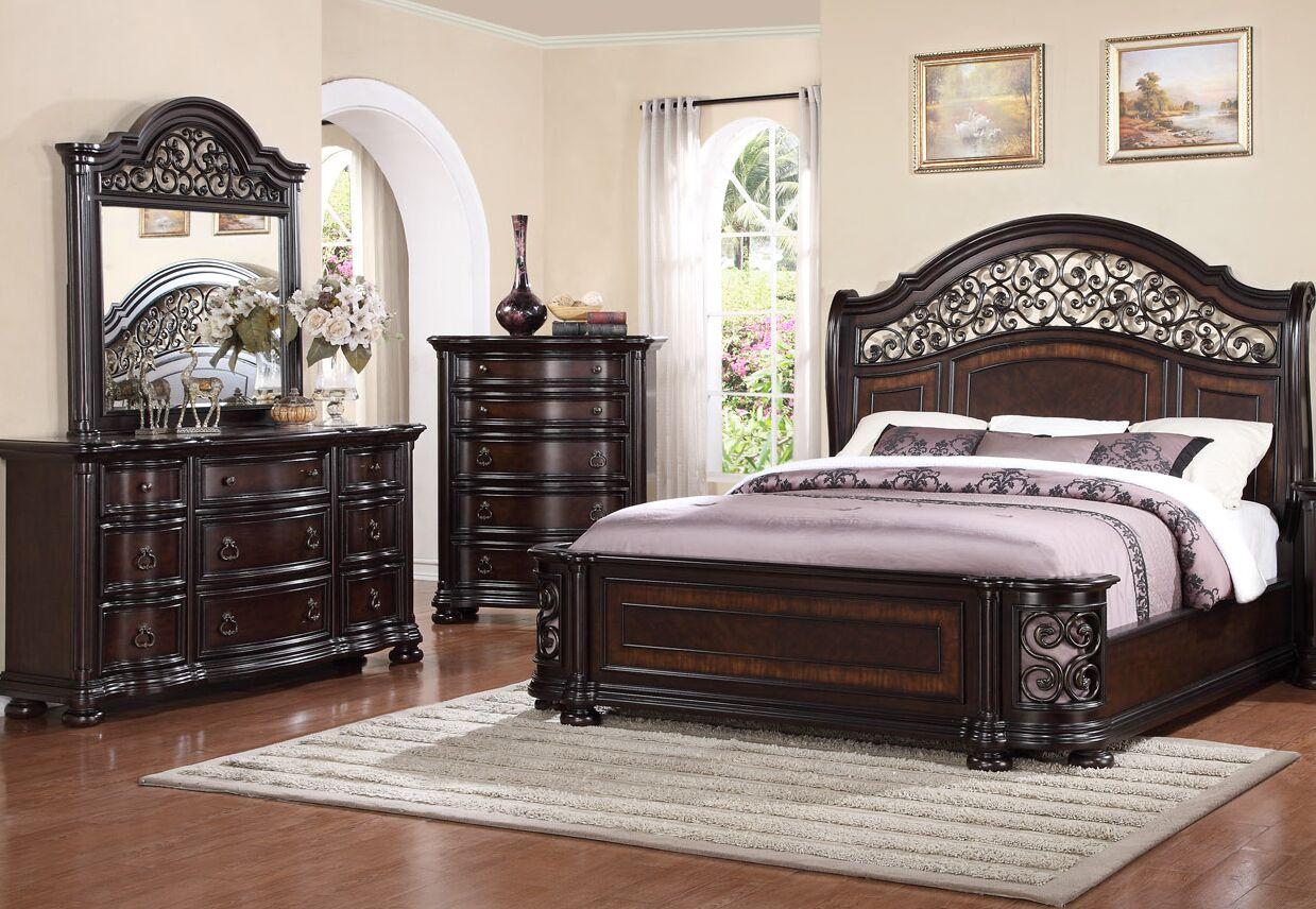 Winkelman Queen Panel 4 Piece Bedroom Set