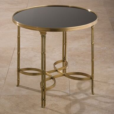 Tray Table Color: Brass