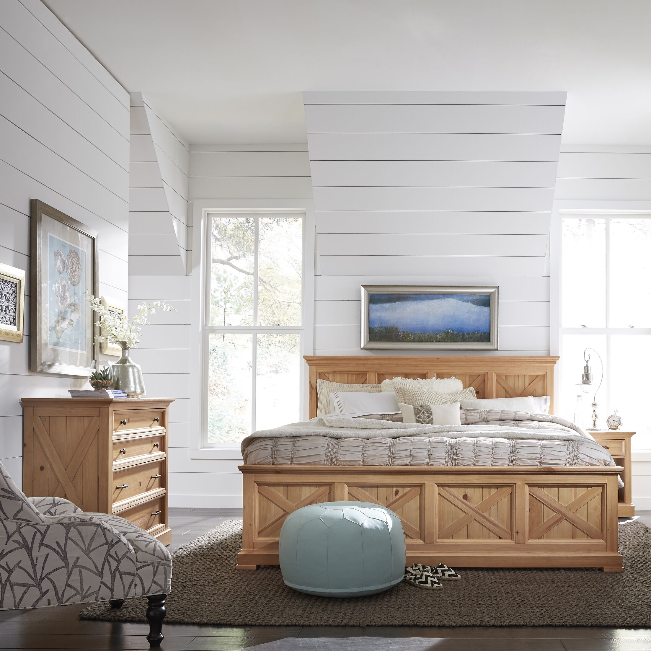 Belmar Panel Bed Size: King