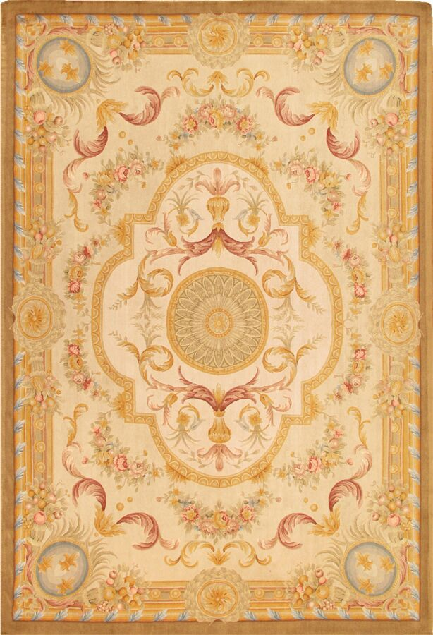 Savonnerie Hand-Knotted Ivory/Yellow Area Rug