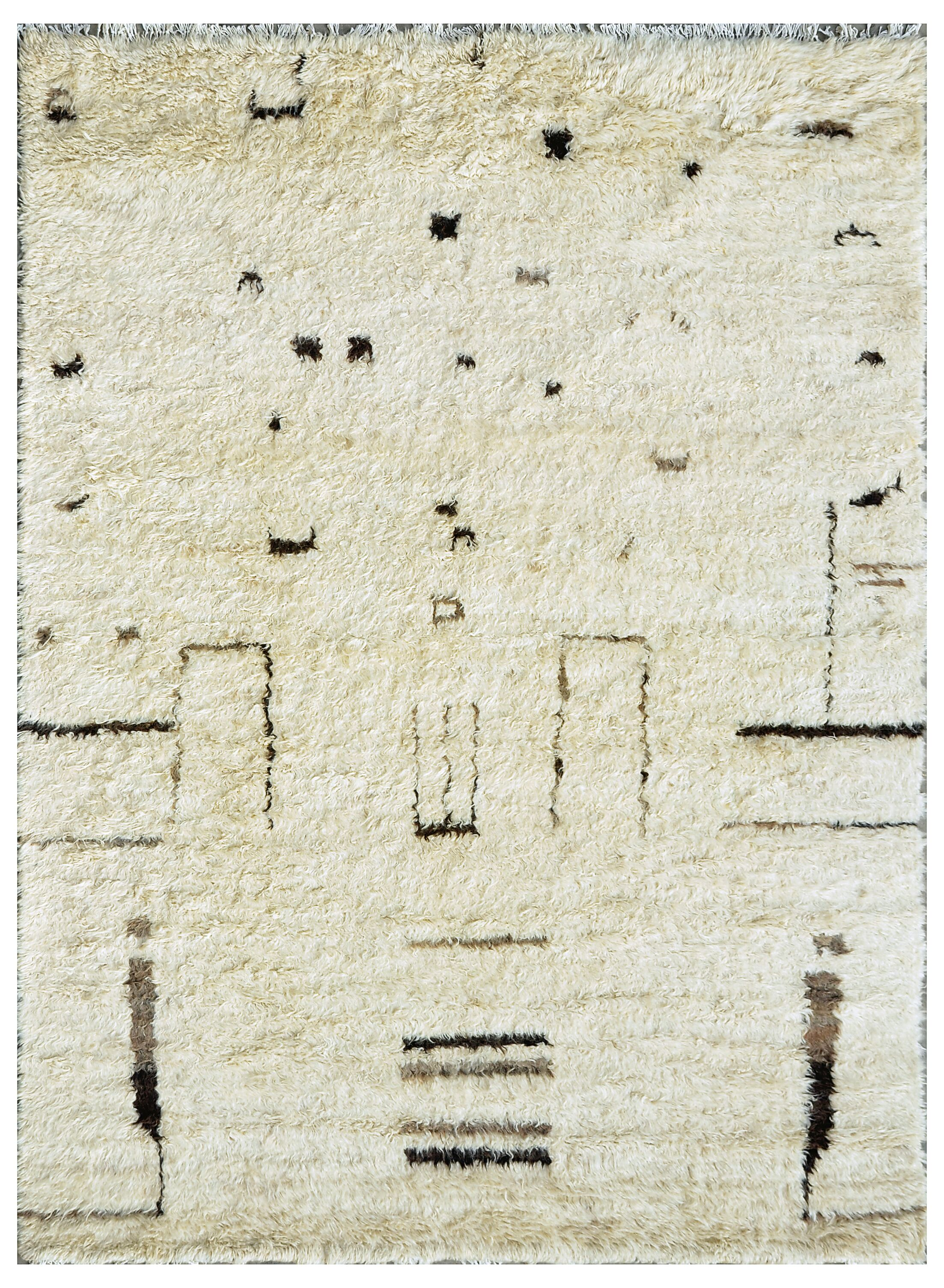 Moroccan Lamb's Wool Hand-Knotted Beige Area Rug Rug Size: 5'11