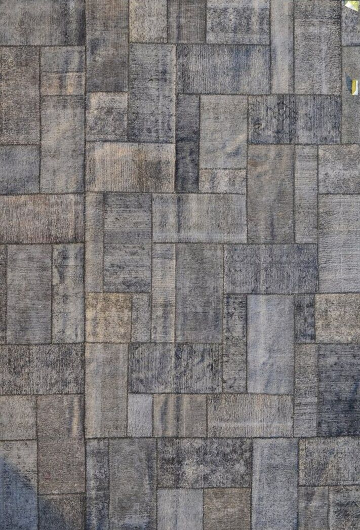 Patchwork Hand-Knotted Gray/Silver Area Rug