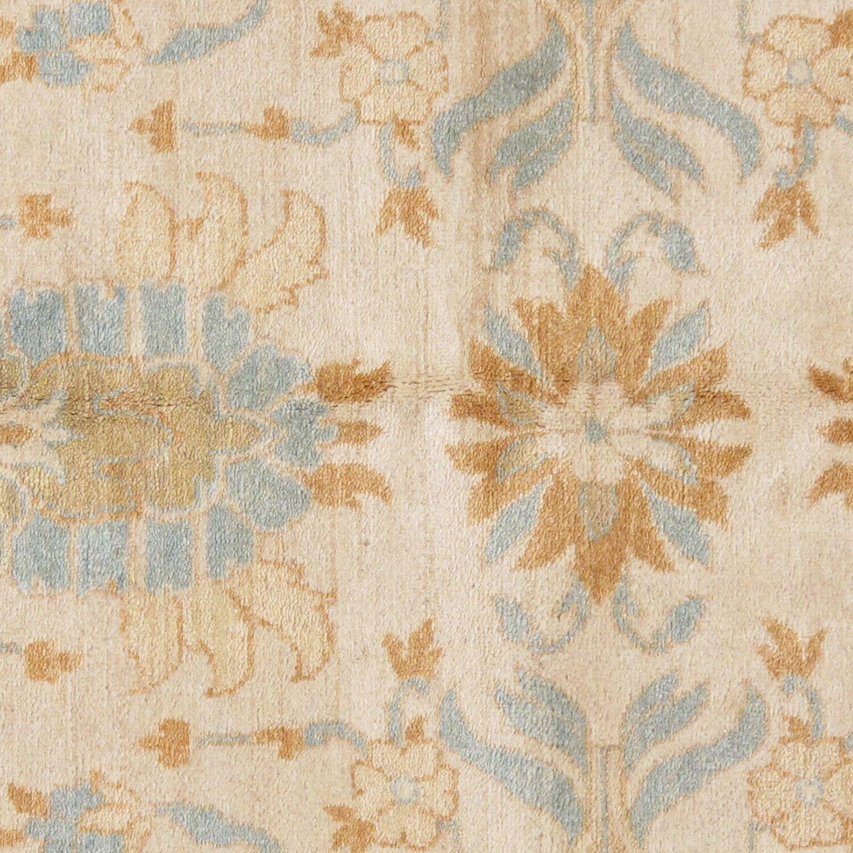 Tabriz Hand-Knotted Wool Ivory/Light Blue Area Rug