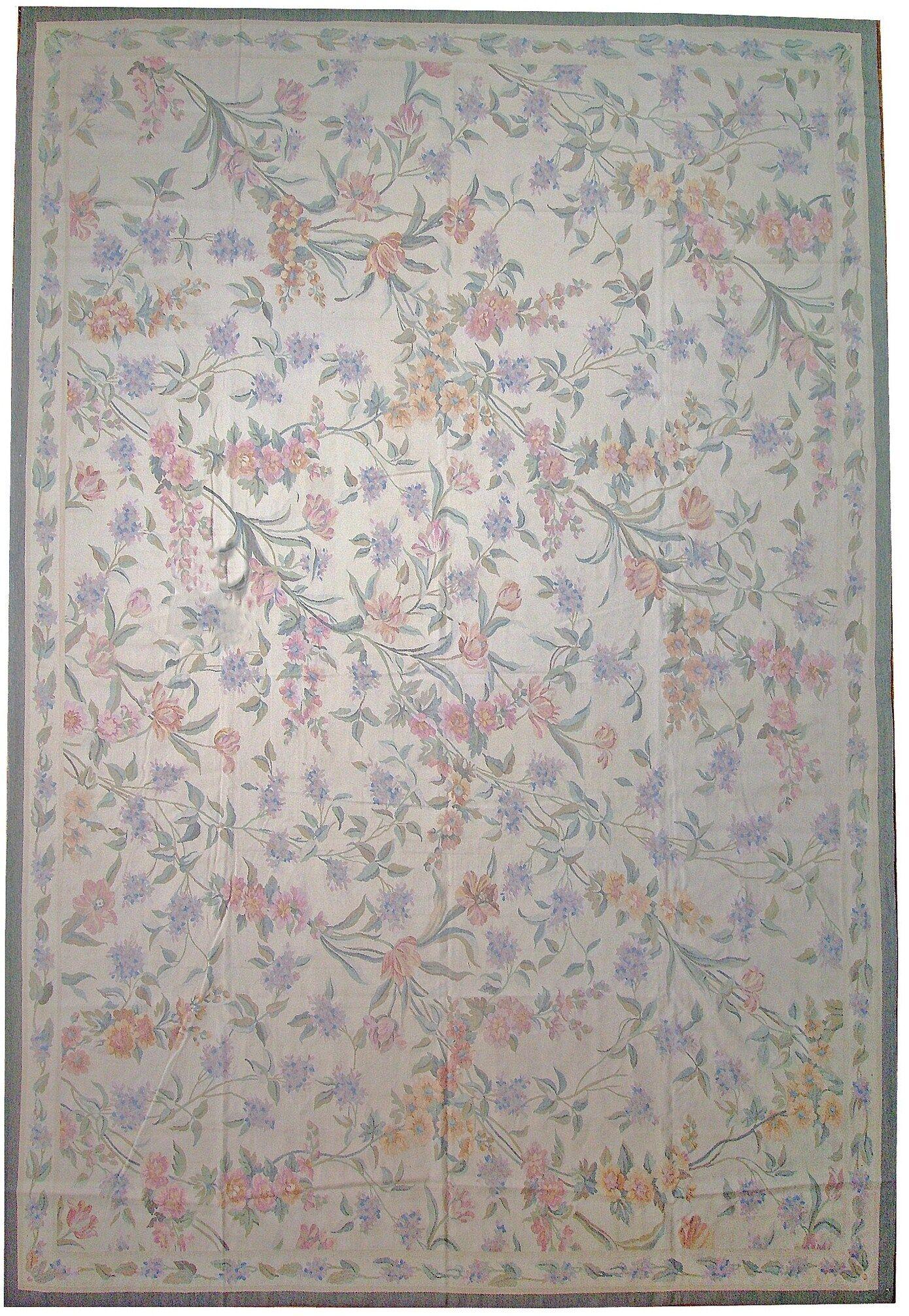 Aubusson Hand-Woven Wool Beige/Purple/Gray Area Rug Rug Size: Rectangle 6'1