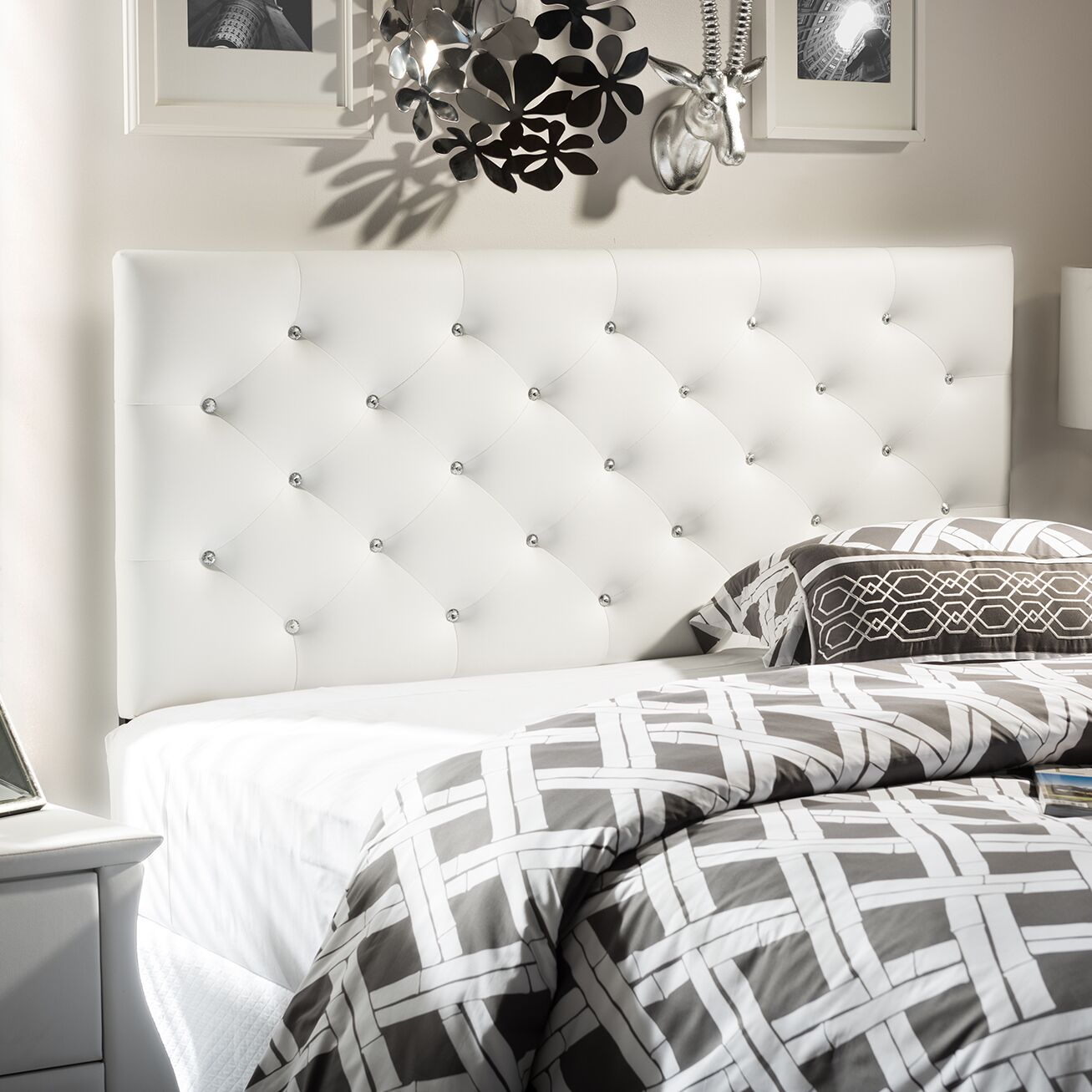 Viviana Upholstered Panel Headboard Size: Queen, Upholstery: Cream White