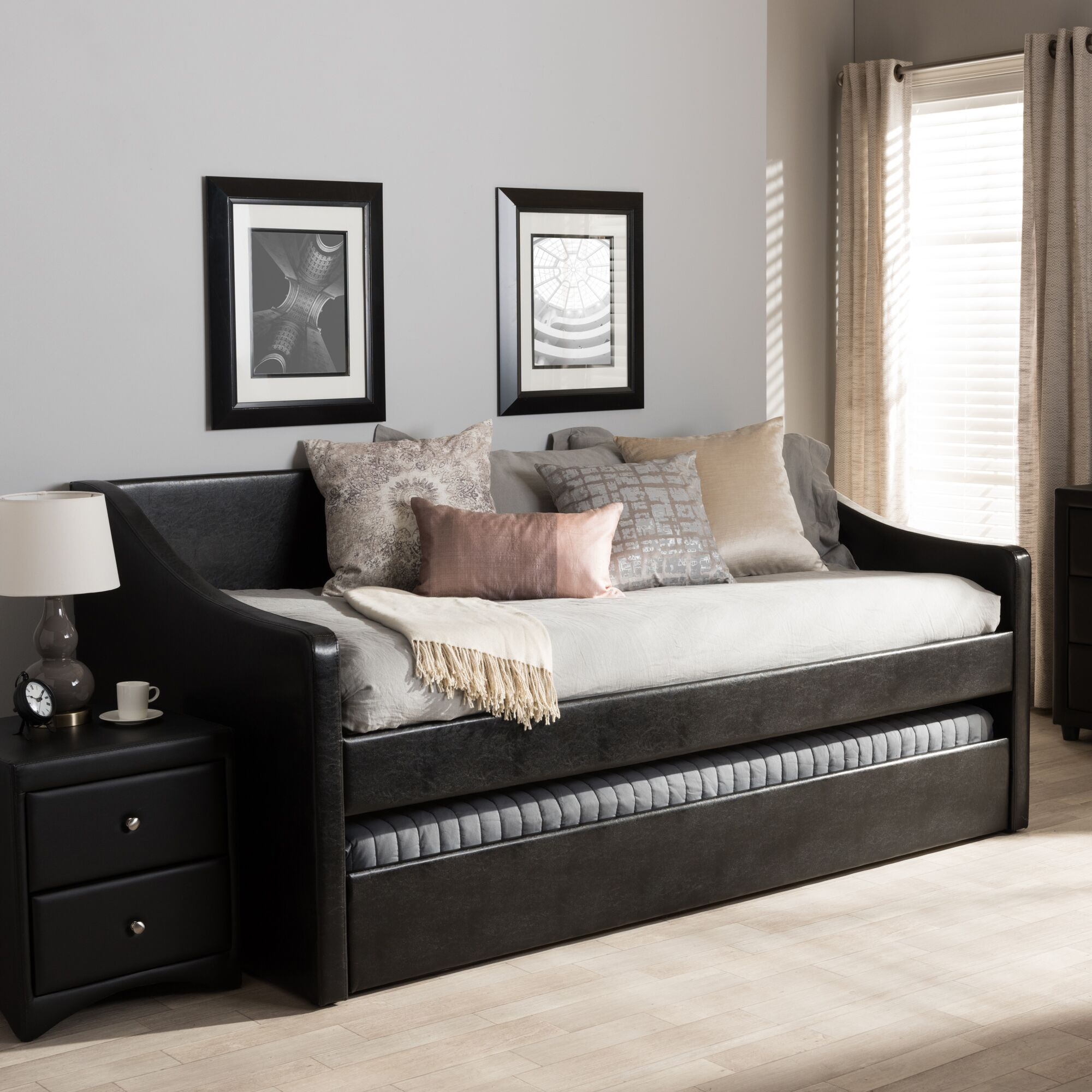 Silvana Daybed with Trundle Finish: Black