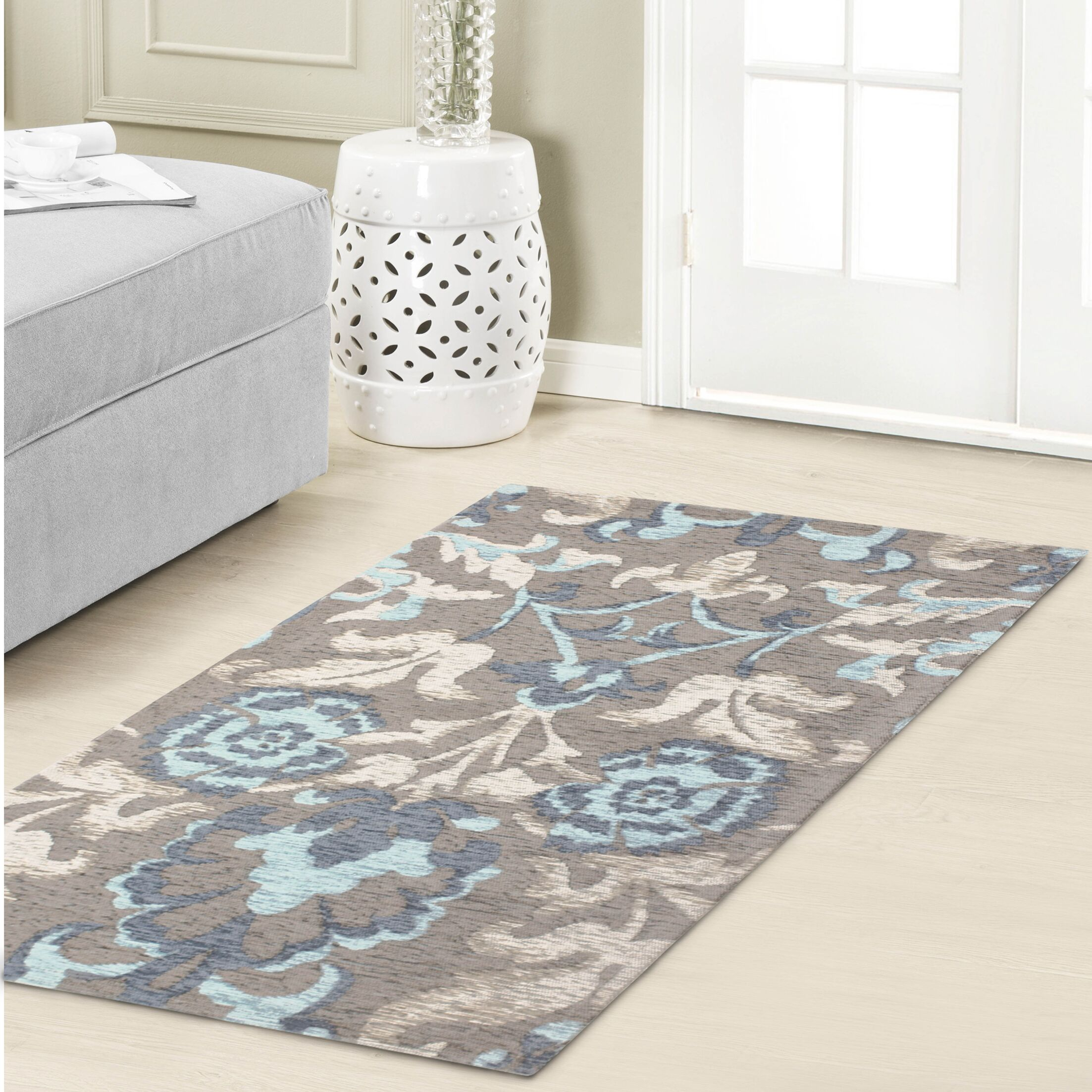 Penelope Jacquard Chenille Light Blue/Gray Area Rug Rug Size: 5' x 8'