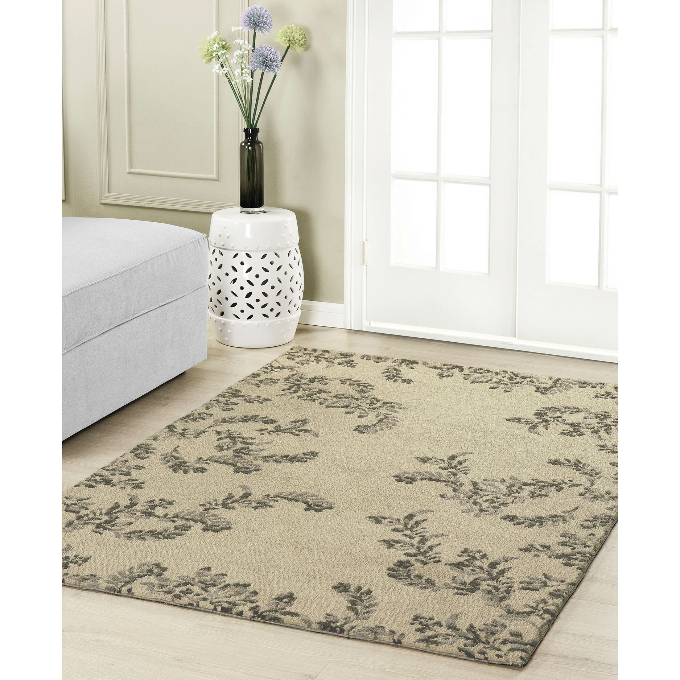 Winchester Taupe Area Rug Rug Size: 4' x 6'