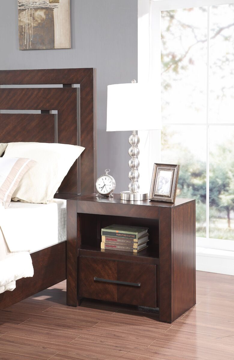 Barton Hill 1 Drawer Nightstand
